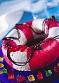 Sweet life-belt (strawberry cake with liquorice)