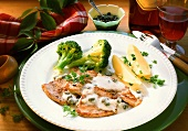 Veal escalope with caper sauce, broccoli & boiled potatoes