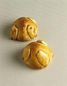 German marzipan balls (Bethmännchen)