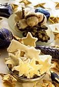 Poppy seed biscuits, shooting star cookies & foam biscuits