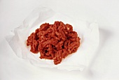 Minced beef on paper