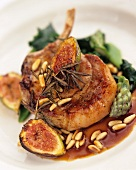 Pork cutlet with figs, rosemary and pine nuts