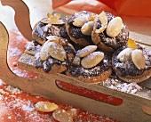 Elisen gingerbread on miniature wooden sleigh