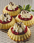Cranberry tartlets with cream
