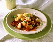 Gnocchi in salsa di peperone (Gnocchi with pepper sauce)