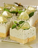 Lime cake with mascarpone mousse and rum (Mojito torte)