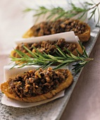 Crostini alla lucchese (Crostini with minced rabbit, Italy)