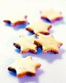Delicate cinnamon stars