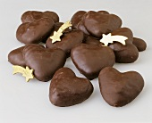 Chocolate coated gingerbread hearts