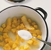Pfirsichkompott zubereiten