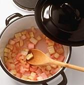 Rhabarber kochen