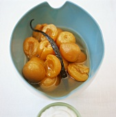 Apricot compote with vanilla pod