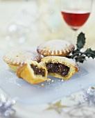 Small English mince pies for Christmas