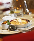 Crème brulee with berry sauce