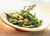 Green beans with garlic and diced tomatoes