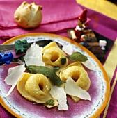 Tortellini alla salvia (tortellini with sage butter)