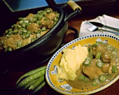 Chicken with okra pods and mashed potato (Brazil)