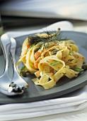 Tagliatelle salmone e capperi (Tagliatelle with salmon & capers)