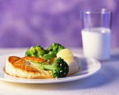 Chicken breast fillet with broccoli and boiled potatoes