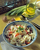 Pasta salad with mince