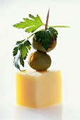 Olives and cheese on cocktail sticks