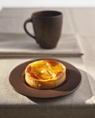 Sweet pastry tartlet with apricots