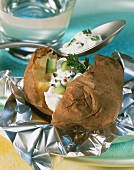 Baked potato with low-fat spring quark