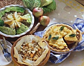 Mince dishes with filo pastry, polenta and savoy