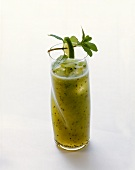 Kiwi fruit and apple juice smoothie