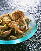 Clams with julienne vegetables
