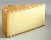A piece of Alpkäse