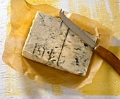 Gorgonzola with cheese knife