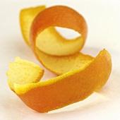 Spiral-shaped orange peel