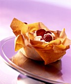 Filo bowls with crème fraiche and strawberries