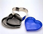 Heart-shaped baking tins