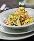 Tagliatelle al limone (Tagliatelle with shrimps & limes)