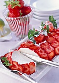 Yoghurt terrine with strawberries