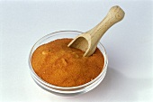 Tomato powder (flavour enhancer and colouring agent)
