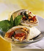 Wraps with chicken breast and vegetable filling