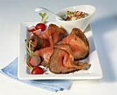 Roast beef with radish and cucumber dip