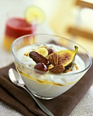 Greek yoghurt with figs, nuts, dates, bananas