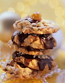 Chocolate chip nut cookies (with macadamia nuts)