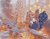Winterlich dekorierte Mürbteigplätzchen