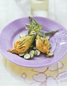 Fiori di zucchini ripieni (Stuffed courgette flowers)