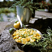 Pan-cooked potato dish with green beans & lemon peel (Provence)