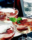 Champagne jelly with strawberries