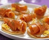 Mini-pancakes with smoked salmon