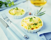 Mini-casserole of salmon fillet with leeks and onions
