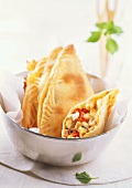 Filled pizza turnovers with Romadur and vegetable filling