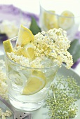 Elderflower lemonade (elderflower syrup with lemon & water)